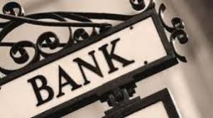 What's The Difference Between Retail and Corporate Banking?