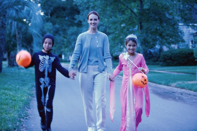 Halloween Crafts For Kids: Flower Fairy Costume