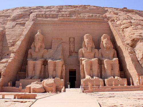 Travel Guide To Egypt – Enticing Places That You Must See