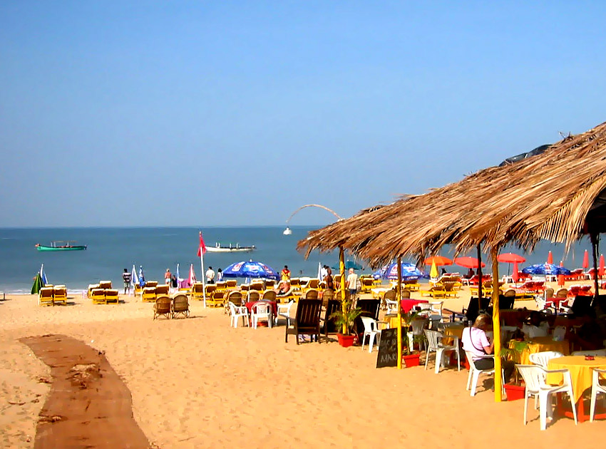 Choosing A Summer Beach Holiday Destination In India