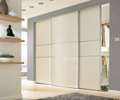 The Advantages Of Installing Wardrobes With Sliding Door In Your Home
