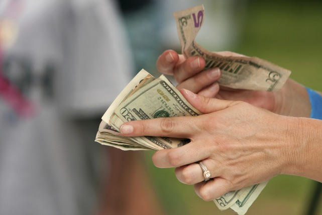 Common Financial Mistakes People Make When Getting Divorced