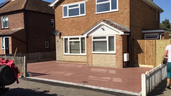 Get Laid The Stunning Driveways Maidstone With Great Workmanship For Its Long-Term Benefits