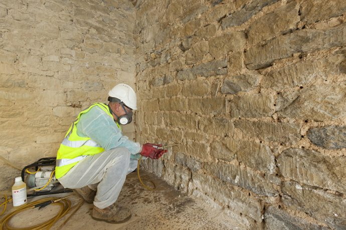 What Are The Best Options Of Damp Proofing London?