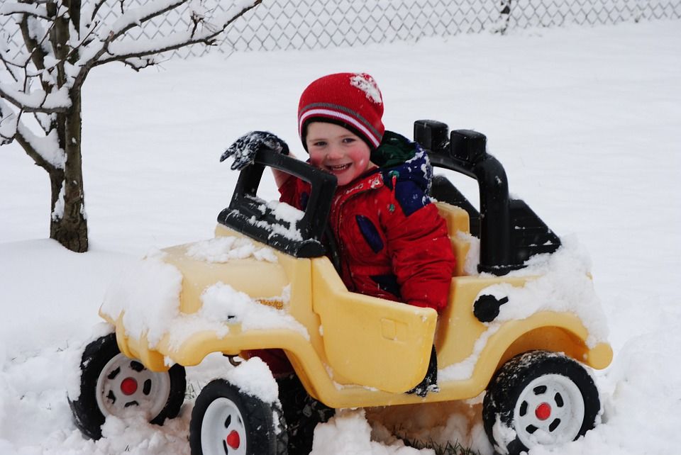Driving Dangers: Top 4 Risks To Families Traveling For The Holidays