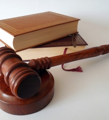 4 Crucial Factors When Looking For An Attorney